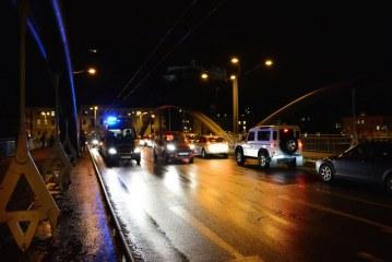 Unfall auf der Karolinenbrücke / AT Salzburg