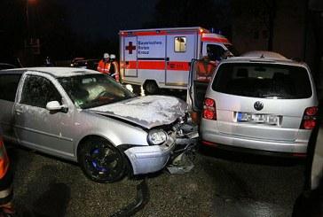 Seitenaufprall mit Verletzten / DE Bad Reichenhall