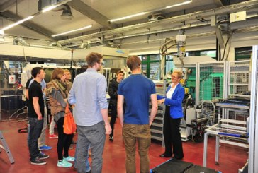 High Tech Arbeitsplätze für junge Ingenieure / DE