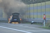 PKW Brand auf der Autobahn A1 / AT Voralpenkreuz