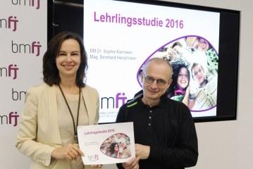 Unsere Lehrlinge sind die Garanten für ein kinderreiches Österreich / AT Wien