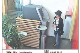 Geldbehebung mit gestohlener Bankomatkarte / AT St. Pölten