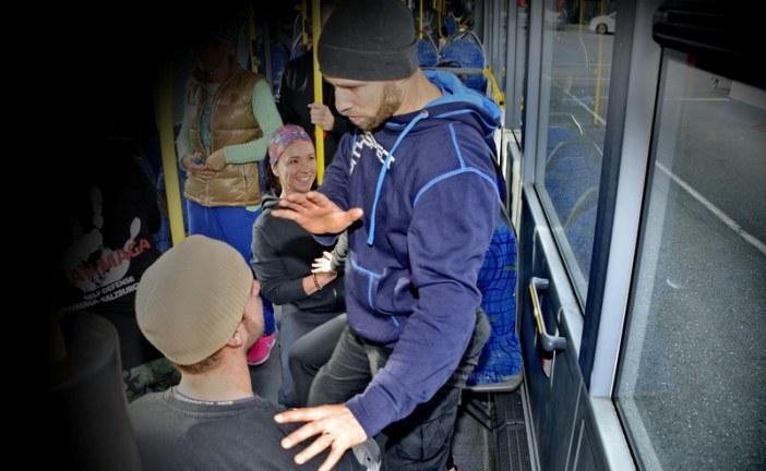 Selbstverteidigung im Linienbus