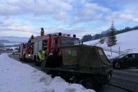 20.01.2019 AT Thalgau Egg: Verkehrsunfall zwischen Haflinger und VW-Bus