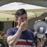 01.08.2020 AT Salzburg: Informationsstand DO5 und Gegenbewegung